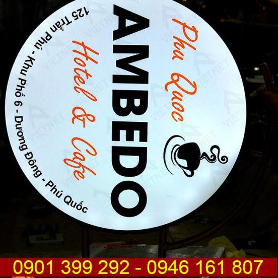 Biển vẫy quảng cáo tiệm Cafe & Hotel Ambedo