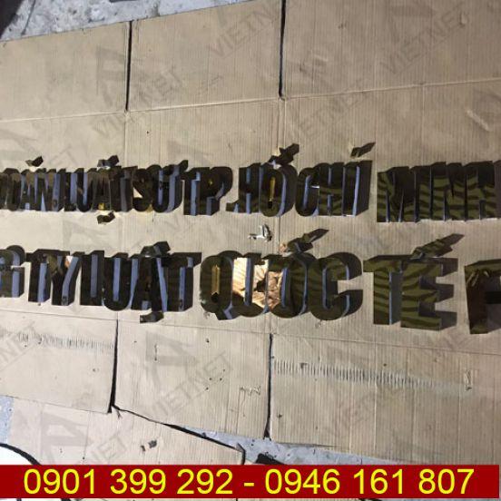 Gia công chữ inox vàng gương công ty luật quốc tế FDI