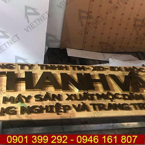 Chữ inox vàng xước bảng hiệu CTY SX Mộc Thanh Vân