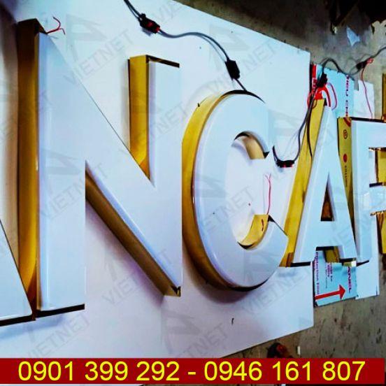Chữ mica hút nổi tiệm An Cafe