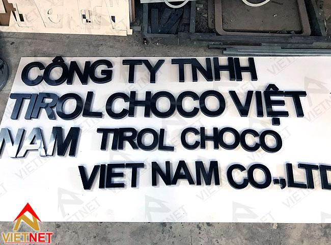 chu-inox-den-xuoc-tirol-chôc-vietnam