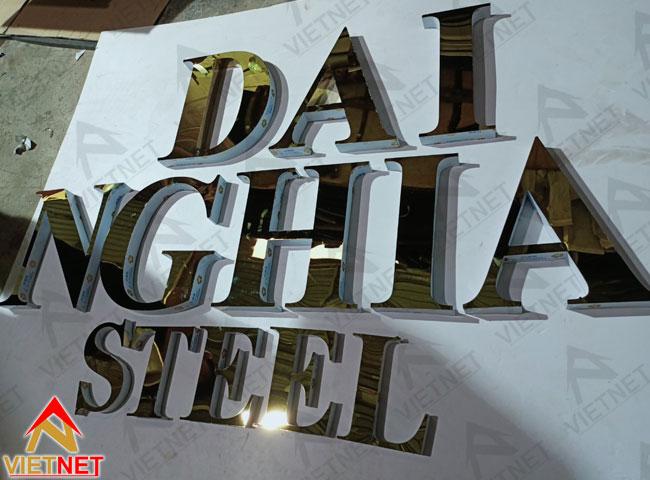 chu-inox-vang-guong-dai-nghia-steel-2
