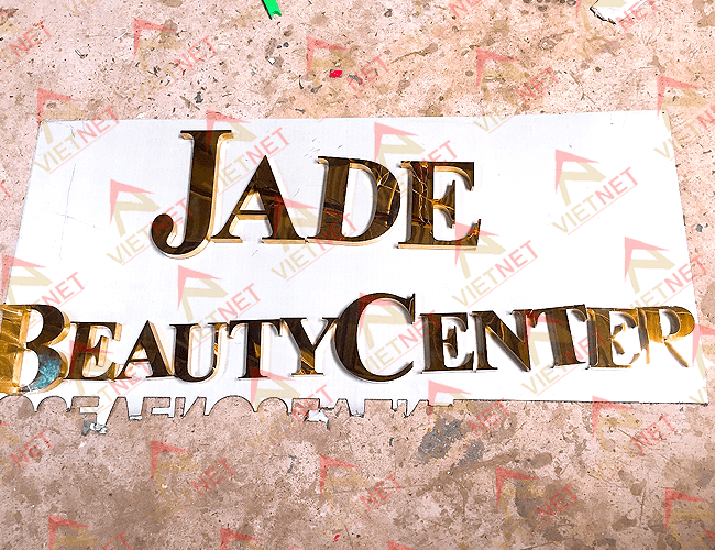 chu-inox-vang-guong-jade-beauty-center